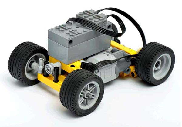 BuWizz 2.0 Bluetooth LEGO Controller with Ludicrous Mode