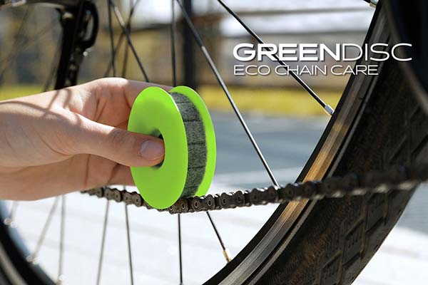 Green Disc Bike Chain Cleaner Makes Bike Care Quick and Clean