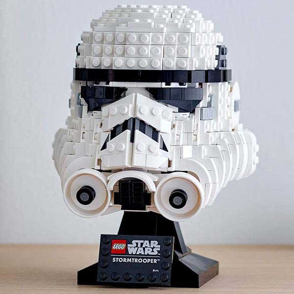 Star Wars Stormtrooper Helmet LEGO Building Kit