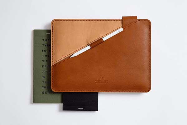Handmade Personalized iPad Leather Sleeve with Apple Pencil Holder