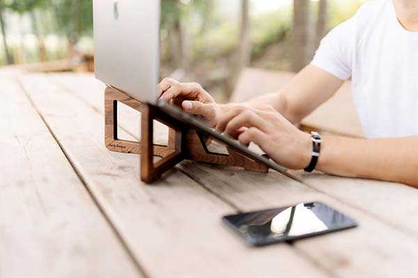 Jack Snipe Handmade Wooden MacBook Stand with Phone Holder