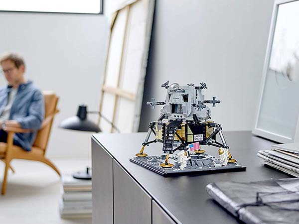 LEGO Creator Expert NASA Apollo 11 Lunar Module Building Kit