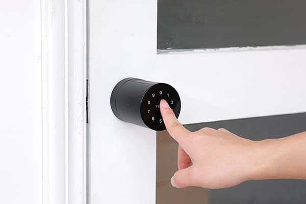 Yeeuu S1 Smart Lock with 8 Access Methods