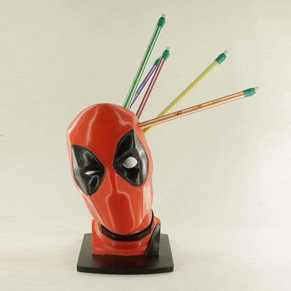 3D Printed Deadpool Pen and Pencil Holder