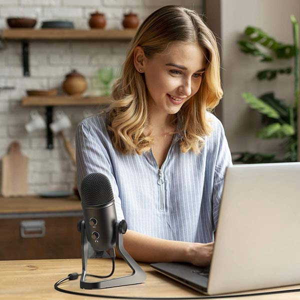 Fifine K678 USB Podcast Microphone with All Metal Stand