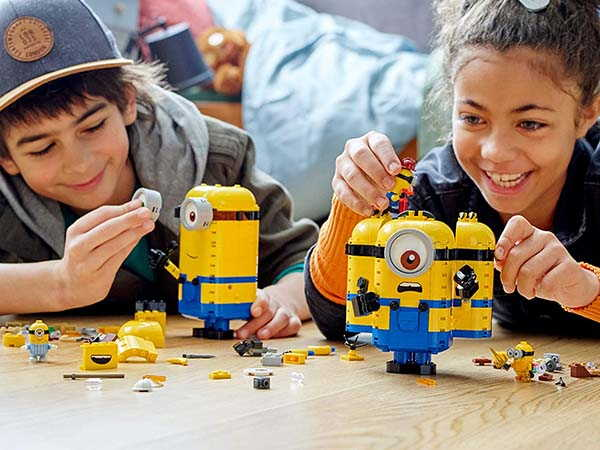 LEGO Minions and Their Lair Building Kit