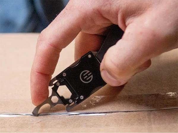Wearable Utility Multi-Tool Bracelet by Higher Objects