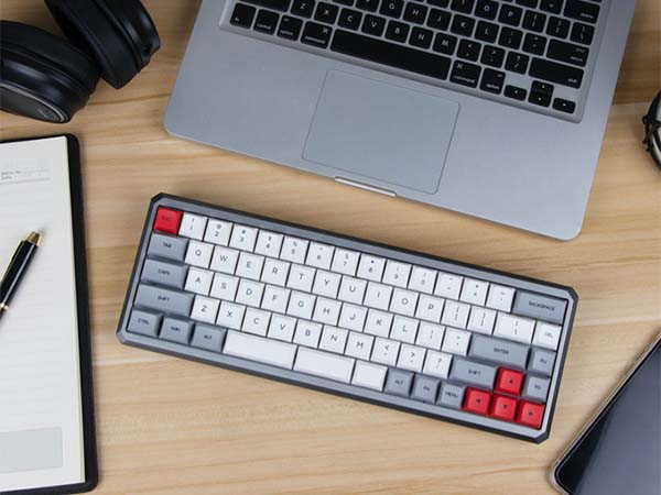 Epomaker GK68XS Bluetooth Mechanical Keyboard with 3-Key Space Bar
