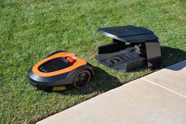 MowRo Smart Autonomous Lawn Mower