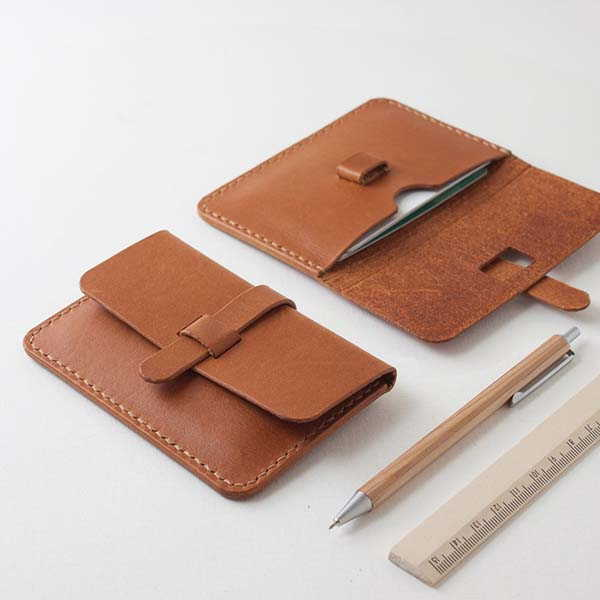 SeanChy Handmade Leather Card Holder with Personalization
