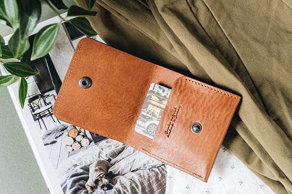 1966 Handmade Classic Bifold Leather Wallet by Band&Roll
