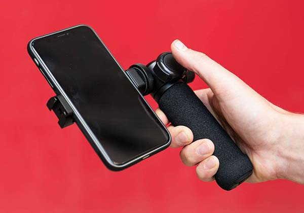 Black Eye FG001 Smartphone Grip and Mini Tripod with Remote Shutter
