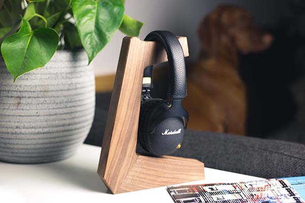 Handmade Minimalistic Wooden Headphone Stand