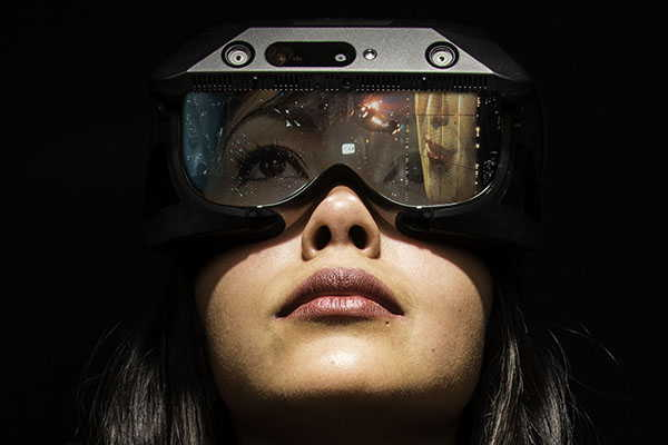 RealMax Qian AR Glasses with Ultra Large FOV and VR Cover