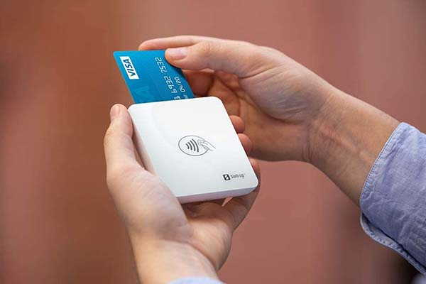 SumUp Lite Payment Card Reader Supports Debit and Credit Card Payments