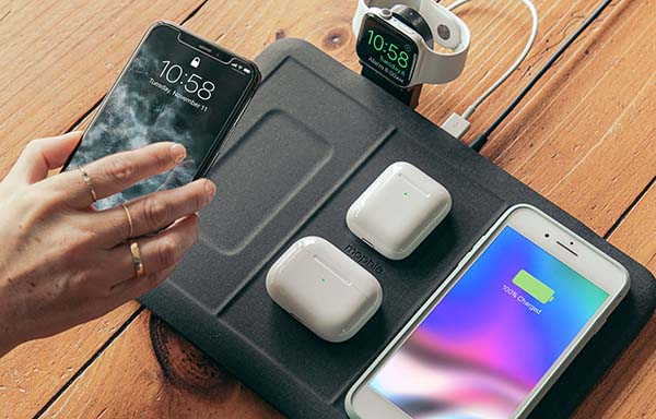 Mophie 4-In-1 Wireless Charging Mat with Extra USB Port