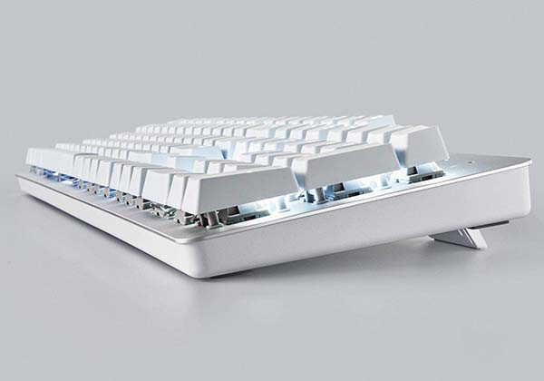 Razer Pro Type Wireless Mechanical Keyboard Improves Your Productivity