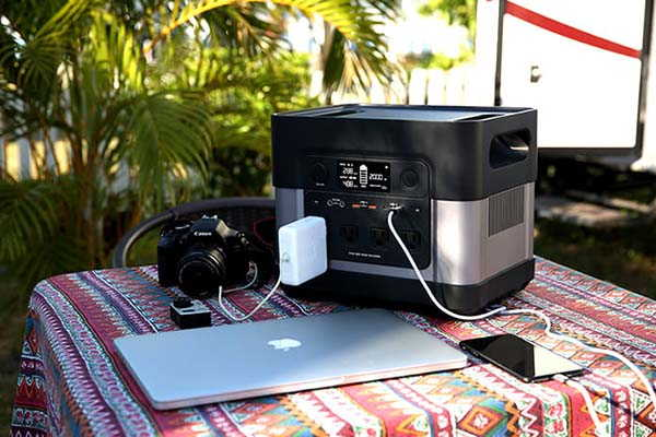 ElecHive 2200 Portable Power Station