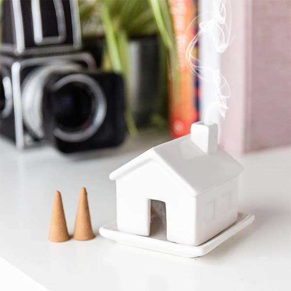 Minimal House-Style Ceramic Incense Holder