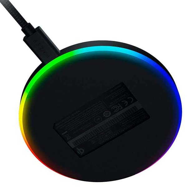 Razer Chroma RGB 10W Fast Wireless Charger with Rubber Top