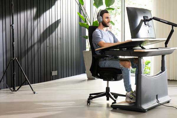 UPON Electric Sit Stand Desk with 3-Axis Adjustment