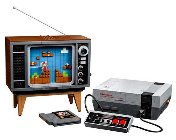 LEGO SNES and Retro TV Building Set