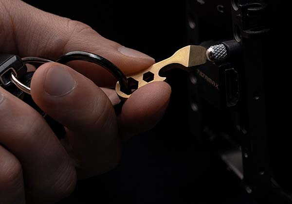 Claw 2.0 Ultra Compact Titanium Multitool