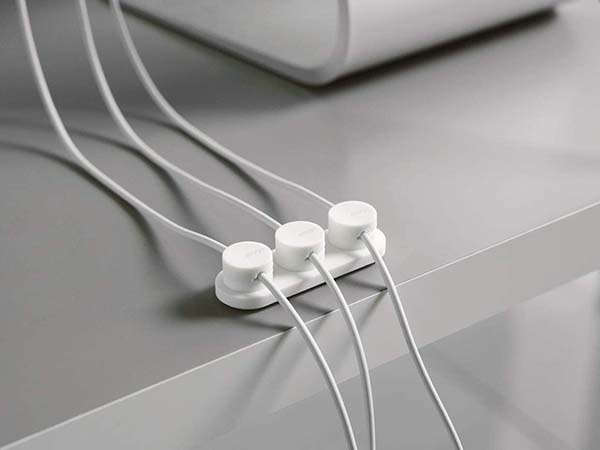 elago Magnetic Cable Organizer with 3 Buttons