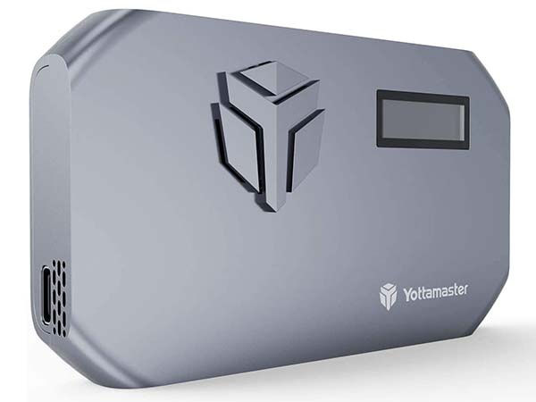 Yottamaster M.2 NVMe SSD Enclosure with Cooling Fan