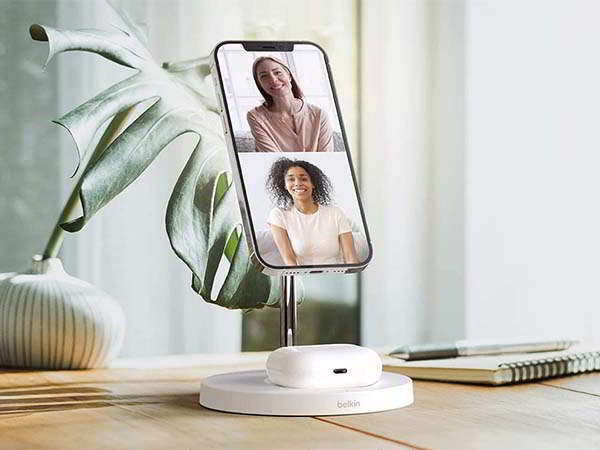 Belkin 2-in-1 MagSafe Wireless Charger for iPhone 12 and AirPods