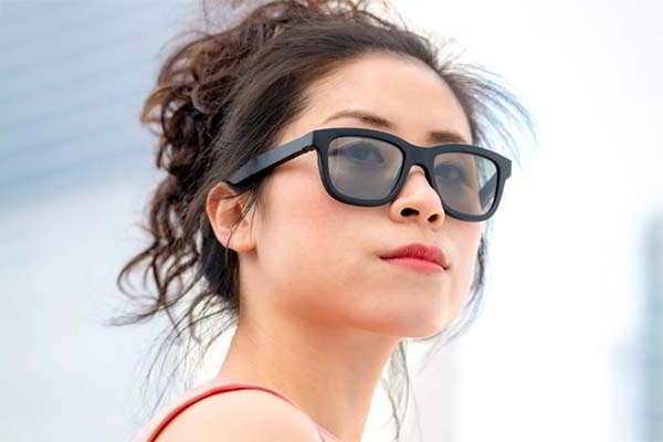 Dusk Electrochromic Smart Sunglasses with Open Ear Audio