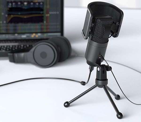 FIFINE K683A USB Cardioid Condenser Microphone with Dual-Layer Pop Filter