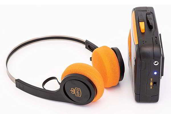 GPO W/938B/BT Bluetooth Cassette Player with Built-in Speaker