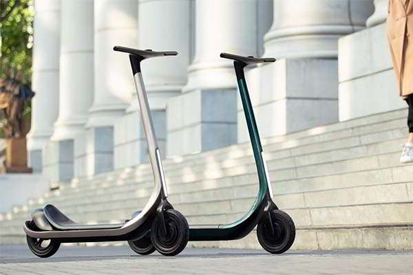 Scotsman 3D Printed Foldable Electric Scooter Built with Carbon Fiber Composite