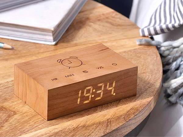 Flip Click Wooden Alarm Clock