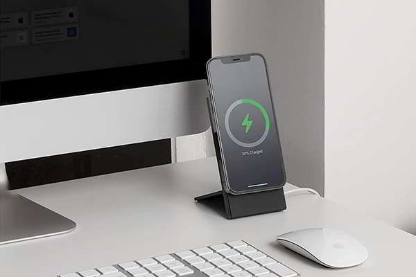 Native Union Rise Dock MagSafe Charging Stand