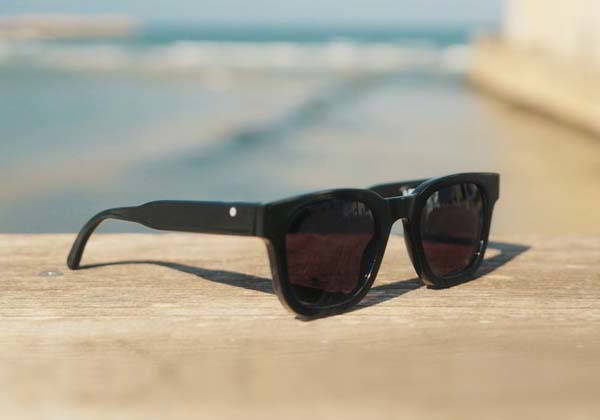 32°N Polarized Sunglasses Turn into Reading Glasses in One Swipe