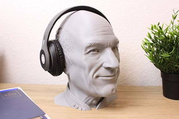 3D Printed Star Trek Captain Picard Headphone Stand