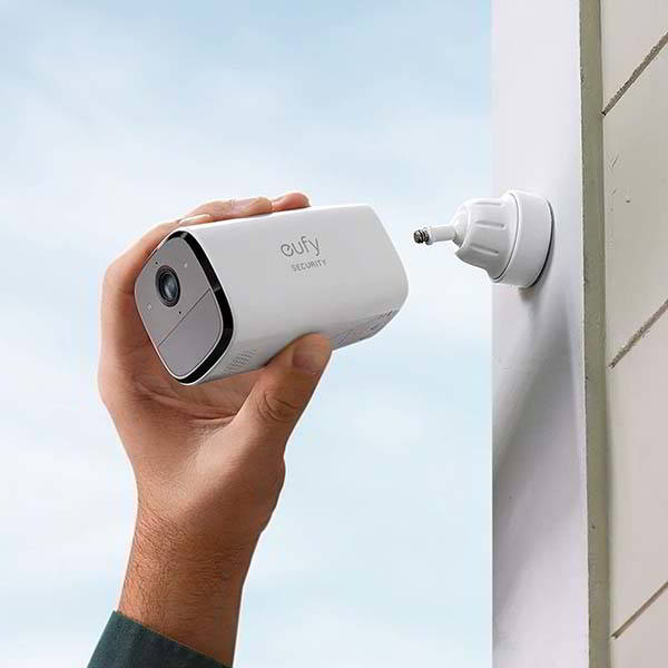 Eufy SoloCam E40 Wireless Outdoor Security Camera with IP65 Waterproof Rating