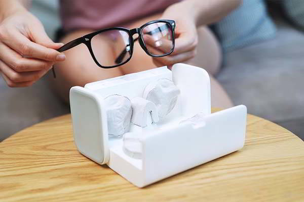 LensHD Automatic Eyewear Lens Cleaner for All Kinds of Glasses