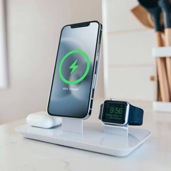 Mophie 3-In-1 Wireless Charging Stand for MagSafe Charger