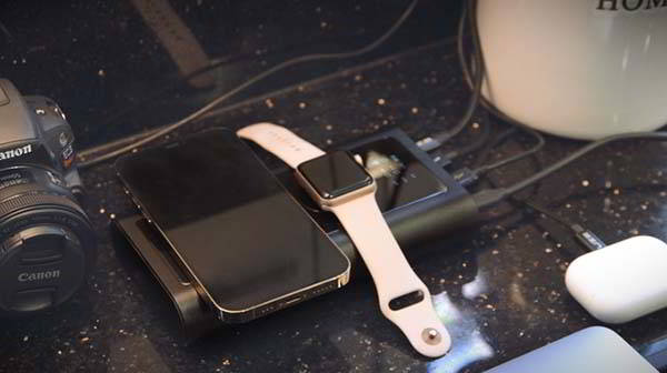 BOLD Graphene Power Bank with Dual Wireless Charger