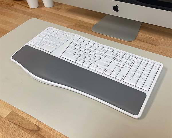 Macally Btergokey Wireless Ergonomic Keyboard with Wrist Rest Cushion for Mac