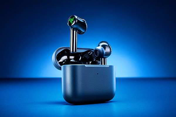 Razer Hammerhead True Wireless Active Noise Cancelling Earbuds with Chroma RGB Lighting