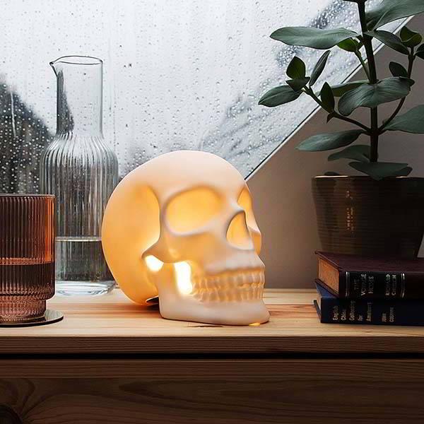 Suck UK Ceramic Skull LED Lamp