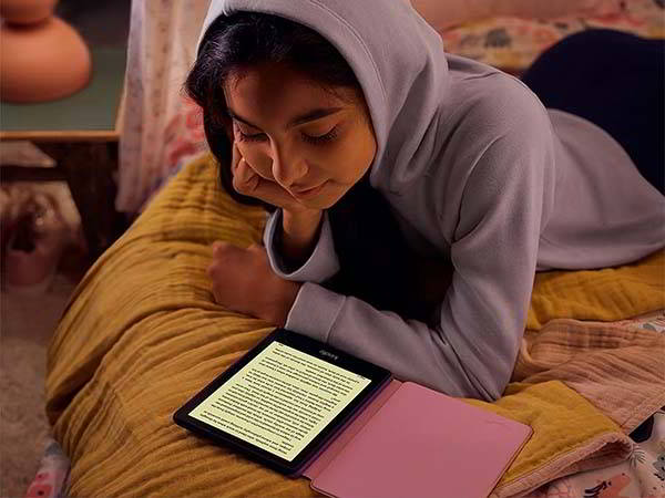 Amazon Kindle Paperwhite Kids with Kid-friendly Cover