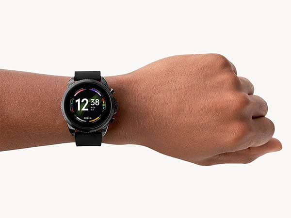 Fossil Gen 6 Smartwatch Powered by Qualcomm 4100+ Chipset