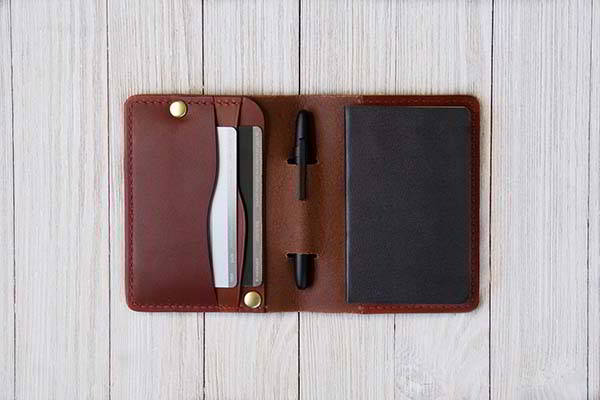 Handmade Leather Notebook Wallet with Moleskine Volant