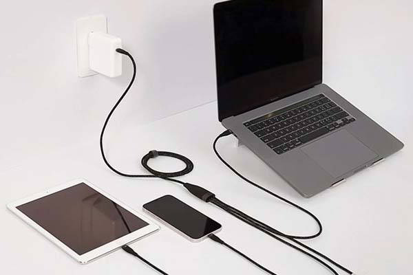 Magic 3-In-1 Charging Cable Supports 100W Power Delivery