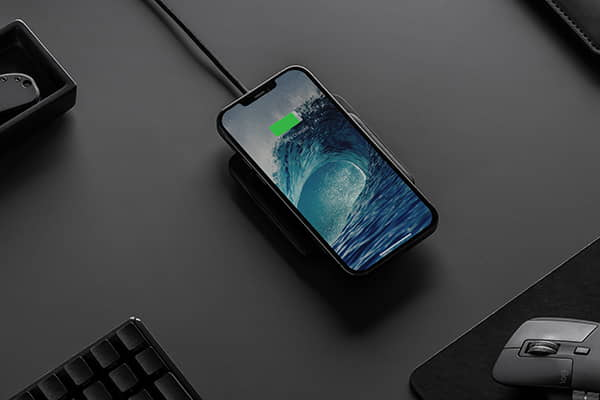Nomad Base Station Mini Magnetic Wireless Charger